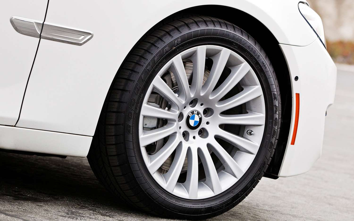 7. Bmw Tyres 1